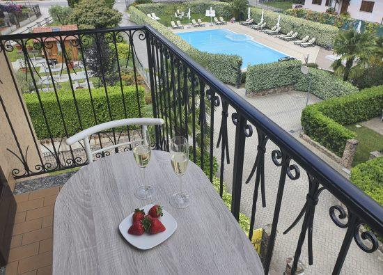 appartamento-con-balcone-residence-alto-lago-di-como-16_1