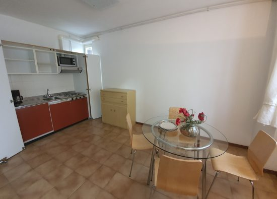 bilocale-per-5-persone-residence-geranio-10_1