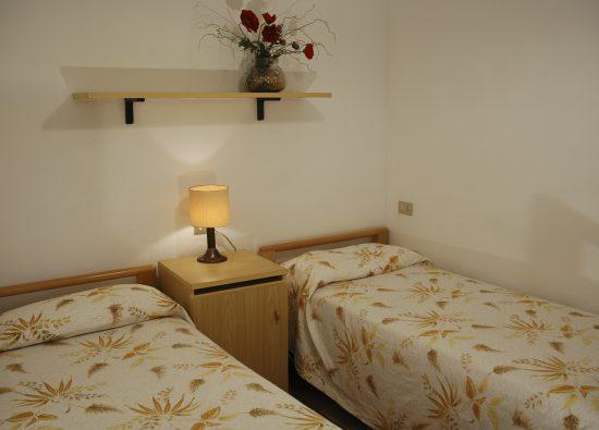 ampio-monolocale-balcone-residence-geranio-07