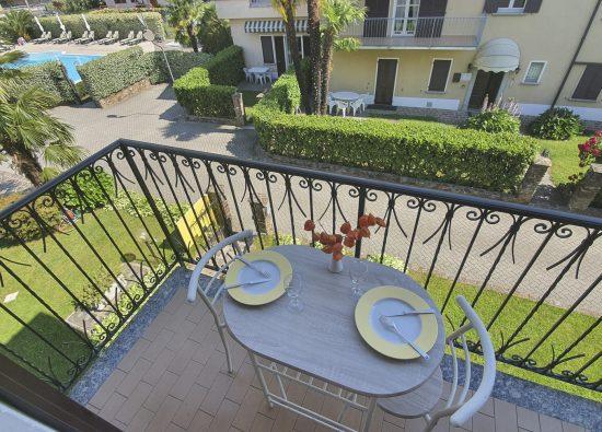 appartamento-due-persone-balcone-12