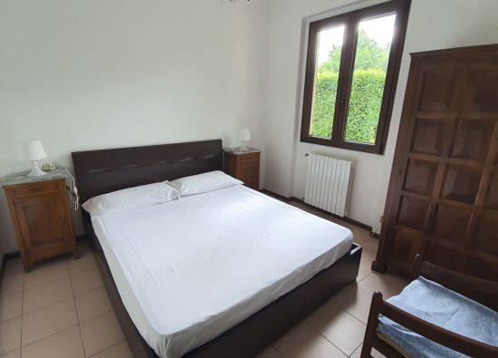 bedroom-holiday-home-swimmingpool-lake-como