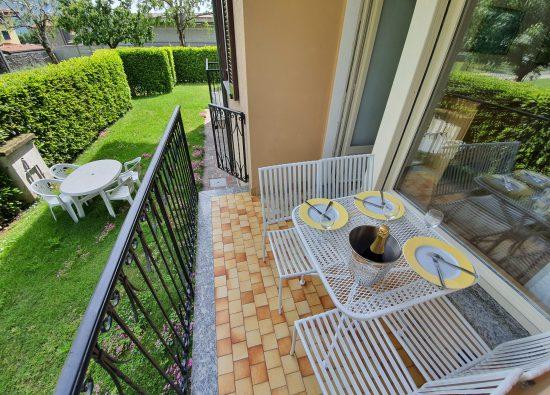giardino-trilocale-residence-geranio-18