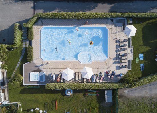 hotel-piscina-lago-como-01