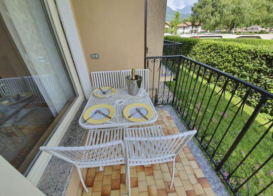 monolocale-balcone-residence-geranio-01