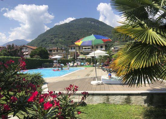 piscina-bambini-appartamento-vacanza-domaso-16
